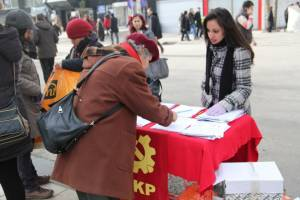 Petition campaign against missile deployment gets a good response from Turkish people
